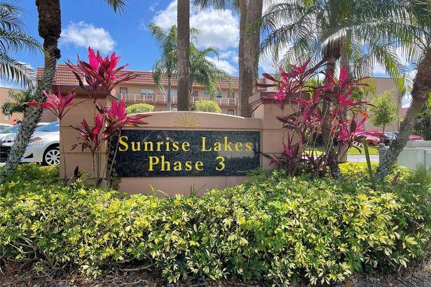 9900 Sunrise Lakes Blvd #108