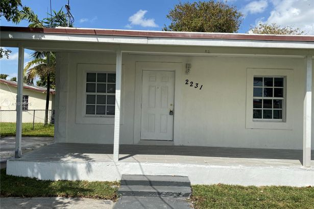 2231 NW 51st St