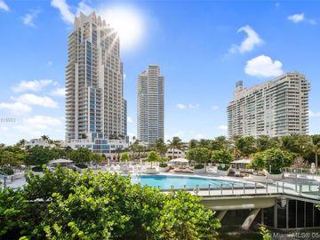 1 Collins Ave #304, Miami Beach, FL, 33139,