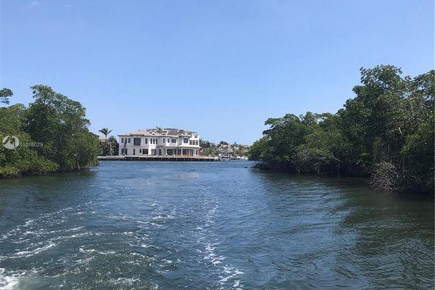 5278 S boca Marina Circle