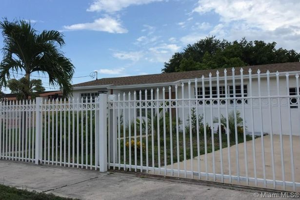 1330 NW 111th St