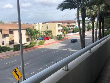8925 Collins Ave #2E, Surfside, FL, 33154,