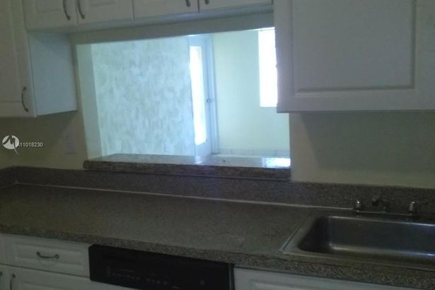 4334 NW 9th Ave #8-2D