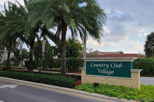 16475 Golf Club Rd #306