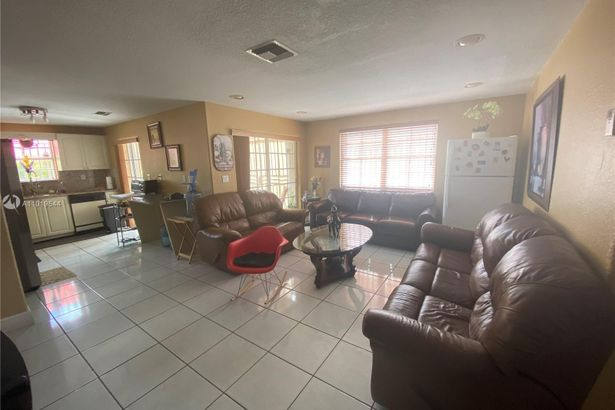 8740 NW 143rd Ter
