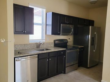 Undisclosed Address, Kendall, FL, 33196,