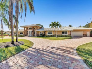 4330 NW 101st Dr, Coral Springs, FL, 33065,