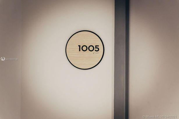 3131 NE 7th Ave #1005