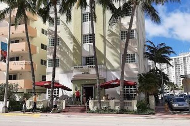 4130 Collins Ave #607