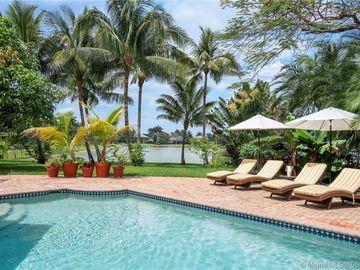 Swimming Pool, 10463 S Lake Vista Cir, Davie, FL, 33328,
