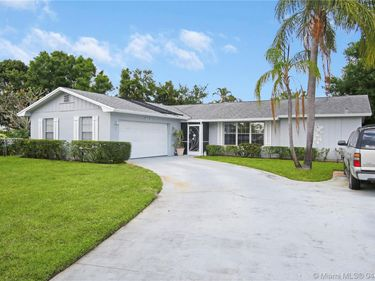 403 Highwood Cir, Jupiter, FL, 33458,