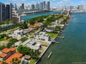 1055 N Venetian Dr, Miami, FL, 33139,