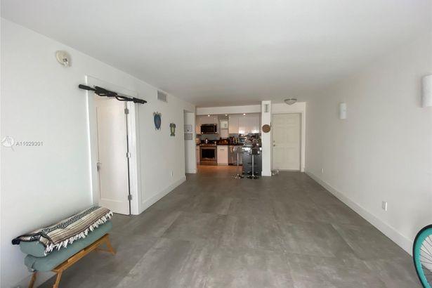 1674 Bay Rd #504