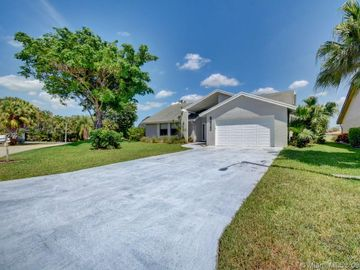 8420 NW 85th Avenue, Tamarac, FL, 33321,