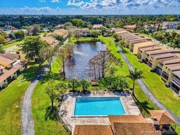 1611 Woodbridge Lakes Cir, West Palm Beach, FL, 33406,