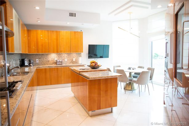 16051 Collins Ave #404