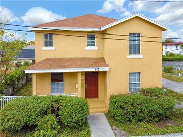 917 Douglass Ave, West Palm Beach, FL, 33401,