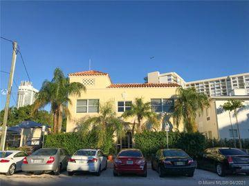 4215 Sheridan Ave #8, Miami Beach, FL, 33140,