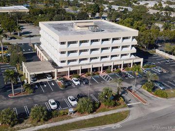 351 S Cypress Rd #210F, Pompano Beach, FL, 33060,