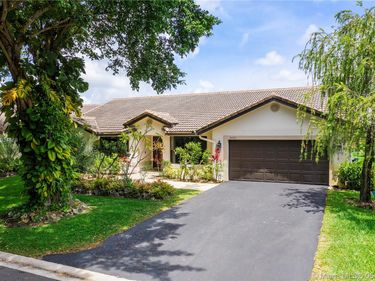 9621 NW 51st St, Coral Springs, FL, 33076,