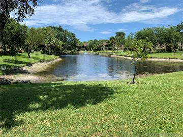 3195 S Carambola Cir S #2398, Coconut Creek, FL, 33066,