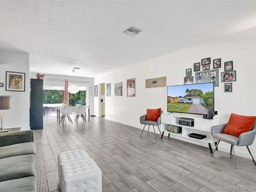 2836 Plunkett St, Hollywood, FL, 33020,