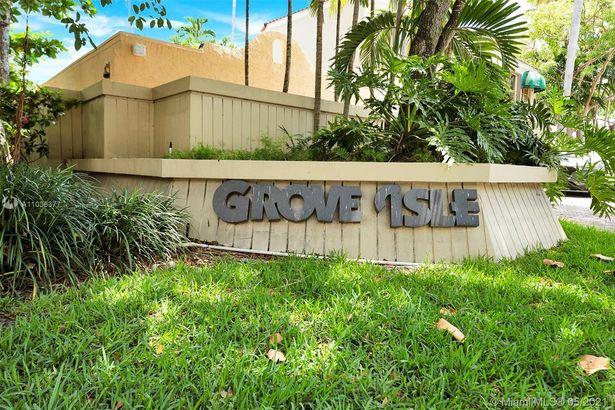 2 Grove Isle Dr #B1103