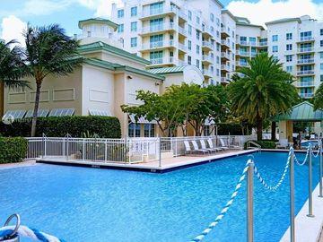 Swimming Pool, 400 N Federal Hwy #416N, Boynton Beach, FL, 33435,