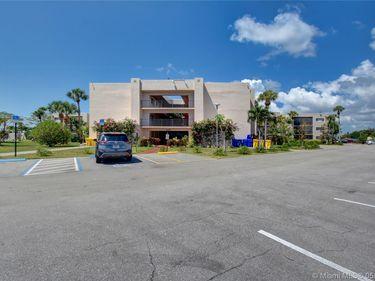 5160 Las Verdes Cir #114, Delray Beach, FL, 33484,