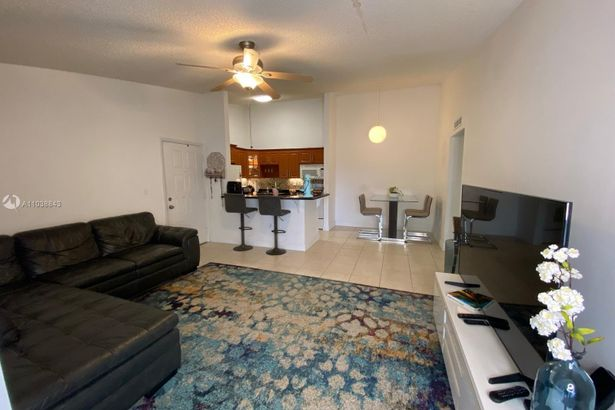 4630 NW 102nd Ave #204-15