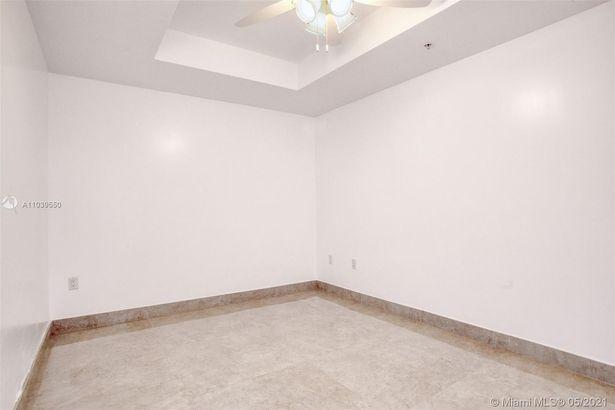17301 Biscayne Blvd #308