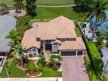 641 E Laurel Ln E, Pembroke Pines, FL, 33027,