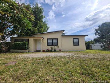 27 Miami Gardens Rd, West Park, FL, 33023,