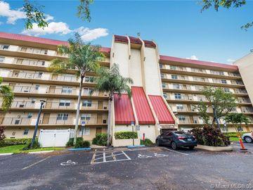 3300 W Rolling Hills Cir #202, Davie, FL, 33328,