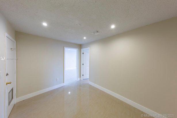 820 E 41st St #2nd floor