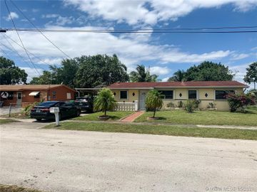3947 NW 186 Street, Miami Gardens, FL, 33055,