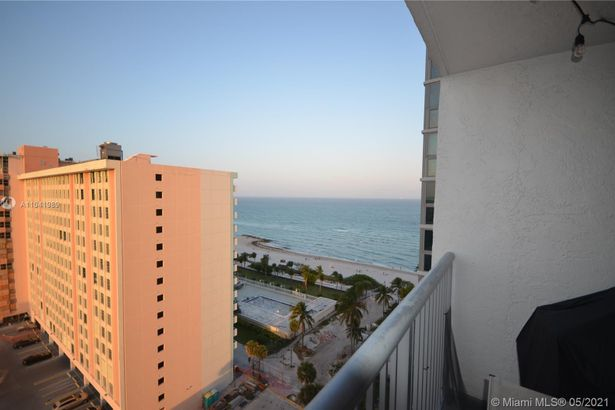 2655 Collins Ave #1705