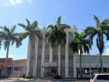 960 W 41 ST #110, Miami Beach, FL, 33130,
