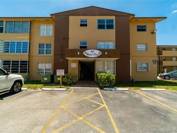160 Royal Palm Rd #319, Hialeah Gardens, FL, 33016,
