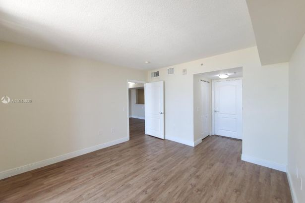 60 NW 37th Ave #1206