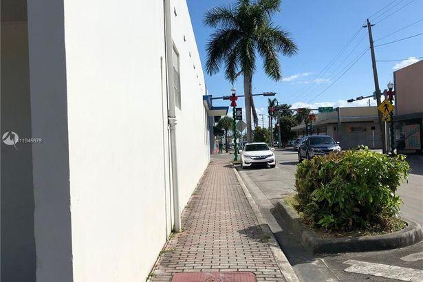 204 N Krome Ave