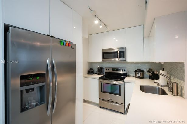 1200 West Ave #622
