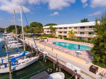 100 Edgewater Dr #226, Coral Gables, FL, 33133,
