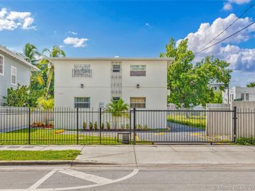 752 NW 2nd St, Miami, FL, 33128,