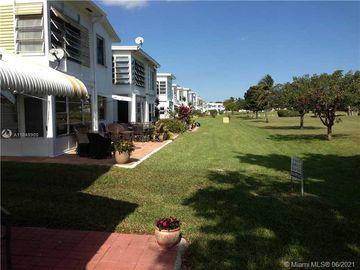 2700 W Golf Blvd #143, Pompano Beach, FL, 33064,