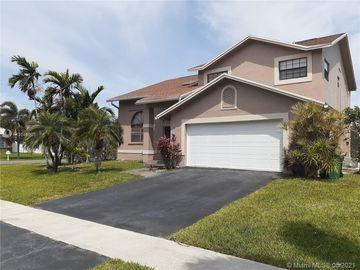 203 SE 9th St, Dania Beach, FL, 33004,