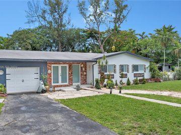 Undisclosed Address, Biscayne Park, FL, 33161,