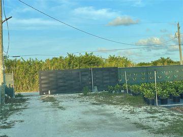 16440 SW 212, South Miami, FL, 33187,