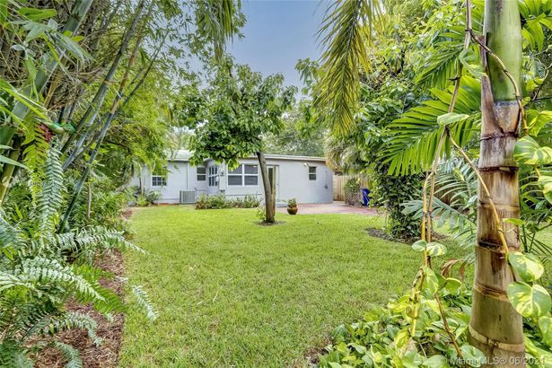 1432 NW 7th Terrace