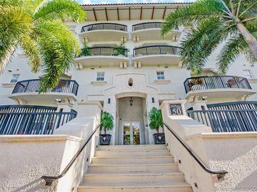 50 Alhambra Cir #TH-108, Coral Gables, FL, 33134,